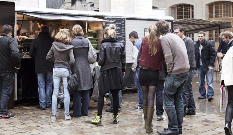 camion-pizza_diapo02-©-Henriette-Desjonquères-&-Paul-Fargues