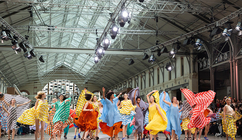 Défilé-Issey-Miyake-©-Olivier-Baco-(attention-droits-pour-diffusion)