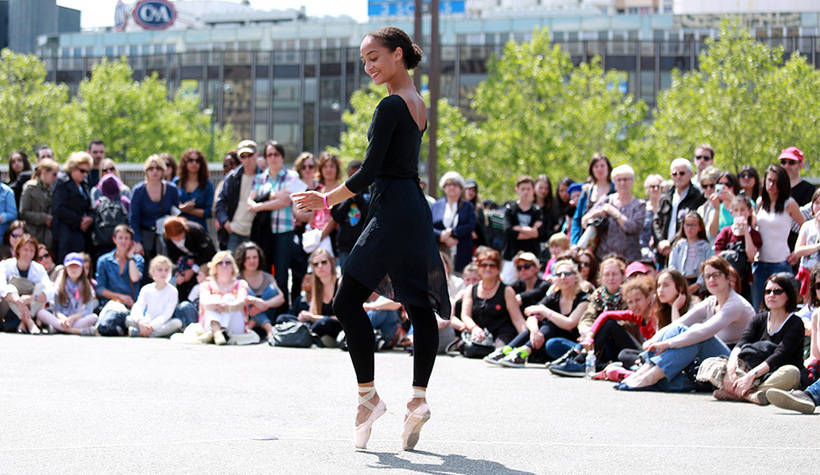 Fous De Danse -diapo5 © Yann Peucat